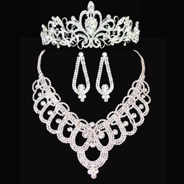 Wholesale Costume Crown Jewelry - Shiny Crystal Rhinestone Crown Tiara Wedding Necklace Earrings Bridal Jewelry Set Wedding Accessories Bridal Costume Jewelry Accessories