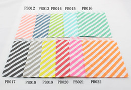Wholesale Chevron Paper Favor Candy Bags - Free Shipping 500pcs Striped Polka Dot Chevron Paper Candy Bag for wedding decoration Christmas Party, Halloween Holiday