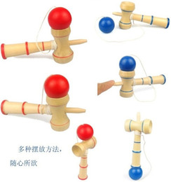 Ingrosso Spedizione gratuita divertente giapponese tradizionale gioco di giocattoli in legno Kendama palle istruzione regalo nuovo