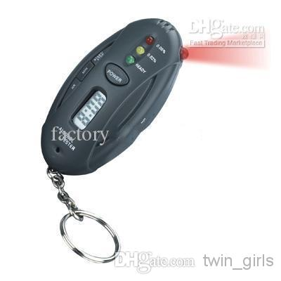 Partihandel - Key Chian Andnings Alkohol Tester ficklampa LED Digital alkohol Tester detektor Breathalyze