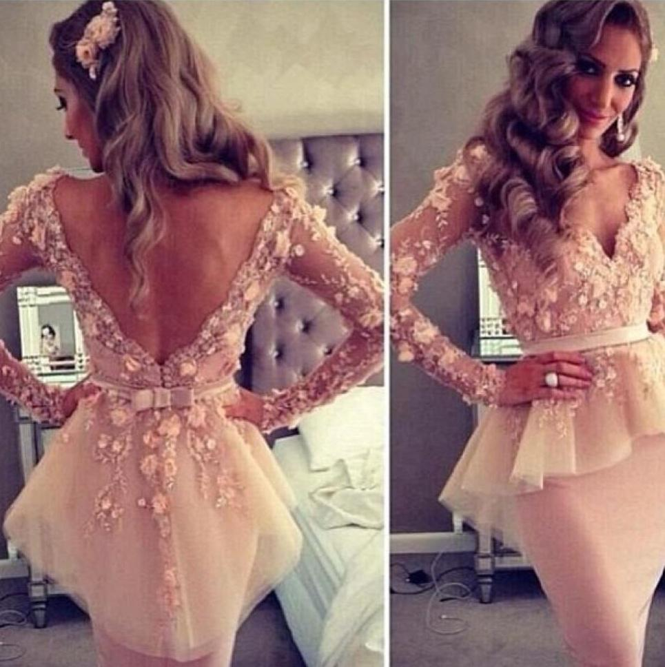 Myriam Fares Arabic Cocktail Dresses Sexy Sheer V-neck Long Sleeve Appliques Lace Sheath Knee Length Party Gowns Cheap With peplum