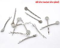 ücretsiz saç tutkal toptan satış-Ücretsiz Kargo 100 adet Gümüş Ton Bobby Pins Saç Klipler W / 8mm Tutkal Ped 4.4 cm Saç Aksesuarları