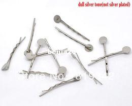 Vente en gros Livraison Gratuite 100 pcs Ton Argent Bobby Pins Pinces À Cheveux W / 8mm Colle Pad 4.4 cm Cheveux Accessoires