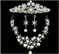 imparatorluk kronu taç toptan satış-Düğün İnci Takı Gelin Aksesuarları Imperial Crown Tiara Kolye Üç parçalı