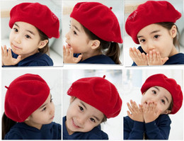 Wholesale Kids Black Beret Hats - Hat Factory Korean Preppy Style Fleece Children Caps Girl Fashion Beret Hats Autumn Spring Baby Kids Caps Red Black And Khaki Colour QS365