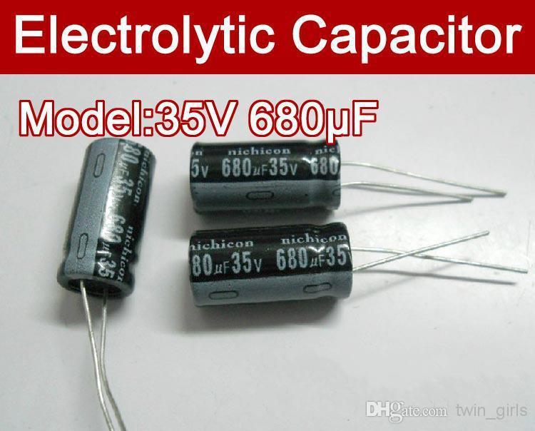 卸売 - 送料無料100ピース680UF 35V電解コンデンサ、35V 680マイクロファラッドコンデンサ
