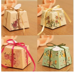 Wholesale Ivory Favor Holders - Wedding marriage personalized cartoon candy box with Ribbons and cards candy European Specials box Favor Holders 938