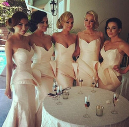 Wholesale Satin Slim Bridesmaid Dresses - Bridesmaid gown with sweetheart neck peplum slim mermaid women party gown light pink sheath wedding guest dresses