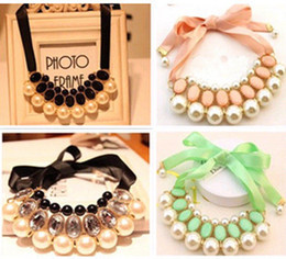 Wholesale Christmas Lady Hot - Fashionable Ladies Bib Choker Jewellery Pearl Necklace Pendant Statement Necklaces 5Colors Hot Lovely Christmas Gift 1263