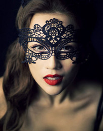 Wholesale Black White Cheap Masks - 2015 Masquerade Mask Lace Black White Lady Face Mask Butterfly Cheap Cutout Veil Sexy Prom Fashion YV-26