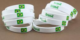 2019 brasilianer armbänder 2014 WM-Fußballfan-Armband- / Armbandbügel Brasilien-Fans / brasilianischer Flaggensilikonarmband-Handring 50pcs / lot rabatt brasilianer armbänder