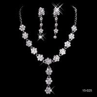 ingrosso set di gioielli per prom-2019 vendita calda a buon mercato festa di nozze sacra strass gioielli braccialetto di cristallo collana orecchini trafitto set di gioielli per abiti da ballo