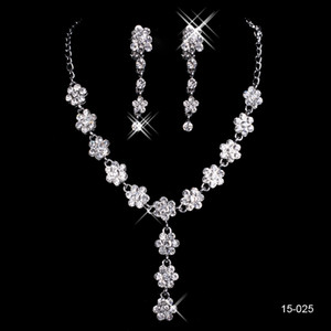 2019 hot sell cheap Holy Wedding party Rhinestone Jewelry Crystal Necklace bracelet Pierced earring jewelry set for prom party gowns on Sale