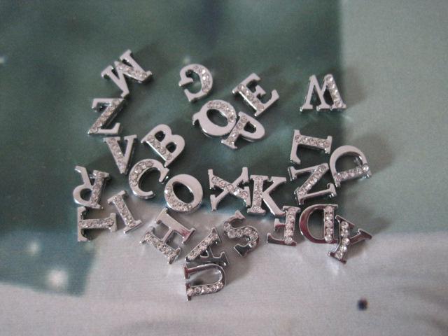 8mm Zinc Alloy Slide Letters Half Rhinestone Dog ID DIY Alphabet From A-Z