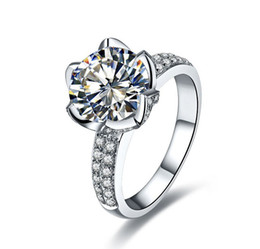 Luxus-Lotus-Blumen-Art-Hochzeits-Ring SONA Synthetisches Diamant-Ring Sterlingsilber-Engagement Diamond Simulant Ringe