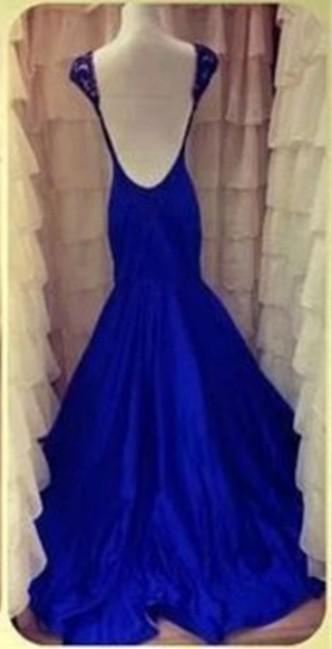 2018 sin respaldo vestidos de baile azul real de la joya Sheer Capped sirena largo tren de barrido Partido igualación cristalino magnífico vestido Nueva llegada P14