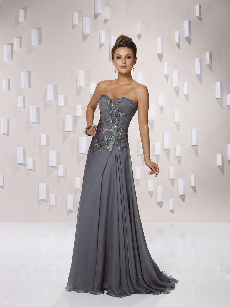 新しい到着のレースのアップリケストラップレス恋人のノースリーブの正面の床の長さのフリルシフォンの有名人のドレスとフォーマルなドレス