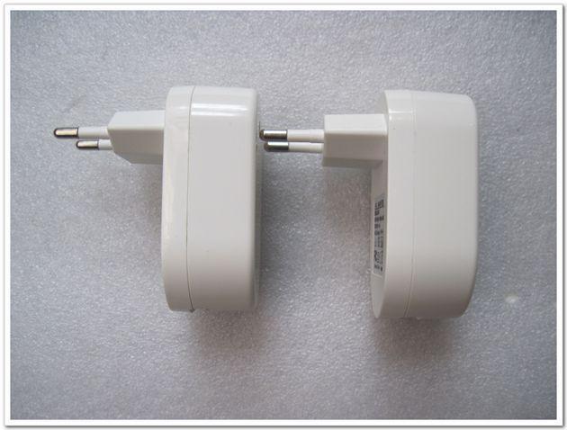 Ny EU-kontakt 12V 2A / 2000MA USB Laddare för Tablet PC Strömadapter USB-väggladdare Universell strömförsörjning