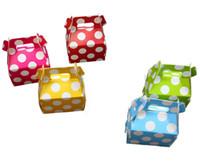 dot party supplies al por mayor-Venta al por mayor - caja de papel DIY Suministros de fiesta de cumpleaños para bodas Moda lunares Pequeño regalo del favor de dulces Caja de regalo Contenedor 60pcs / loo
