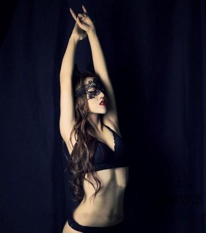 Сексуальные фото женщин в масках фото 611-262