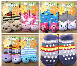 Wholesale Newborn Animal Socks - 6 Styles! ANIMAL Wrist rattle toddler foot finder Baby toy foot Sock Infant Plush toys newborn baby anti slip small bell toys sock