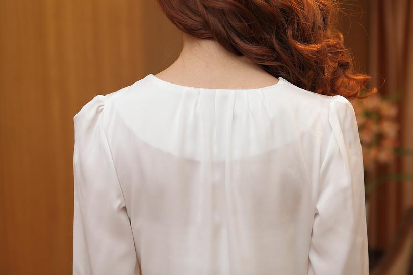 ファッションピンクホワイトブラウスレディースのブラウス長袖夏の薄いスリムシフォン長袖レディースブラウスオフィスレディース