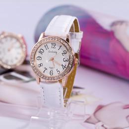 $enCountryForm.capitalKeyWord Canada - GoGoey Casual Watches Round New 2014 Women dress Watch Longer Protection Crystal dial ladies quartz watch PU strap Dropship