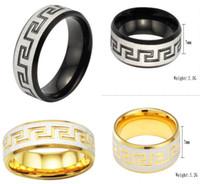 anel de ouro 2pcs venda por atacado-OUTLETS! Anel de titânio masculino! Black / gold pattern ring Grande Muralha da China! Jóias de casamento! Anéis de casal! Jóias Populares! 1 pares / 2 pcs
