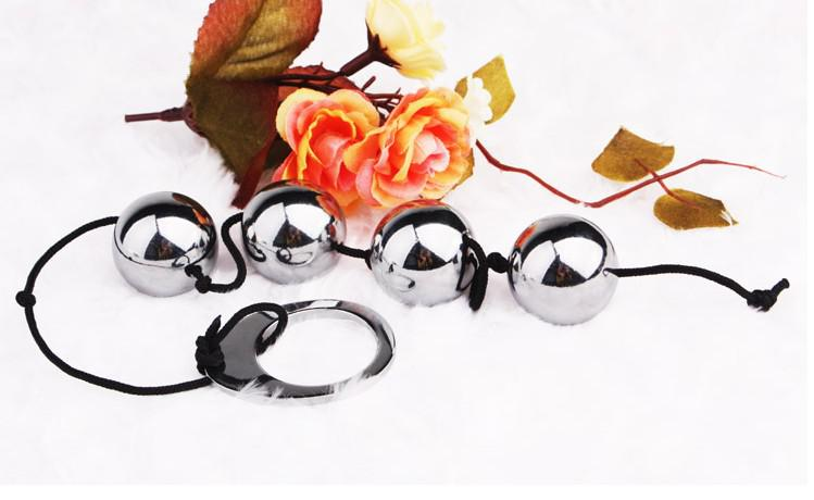 4 Metal solid Anal Balls Beads with tab stainless steel silver anal plug fun for men and women P-spot G-spot sex toy