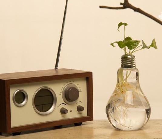 2 adet / paket Cam vazolar ev dekorasyon Ampul vazolar düğün parti dekor temizle çiçek vazolar ampul vazo dekor asılı tencere yetiştiricilerinin basit tasarım