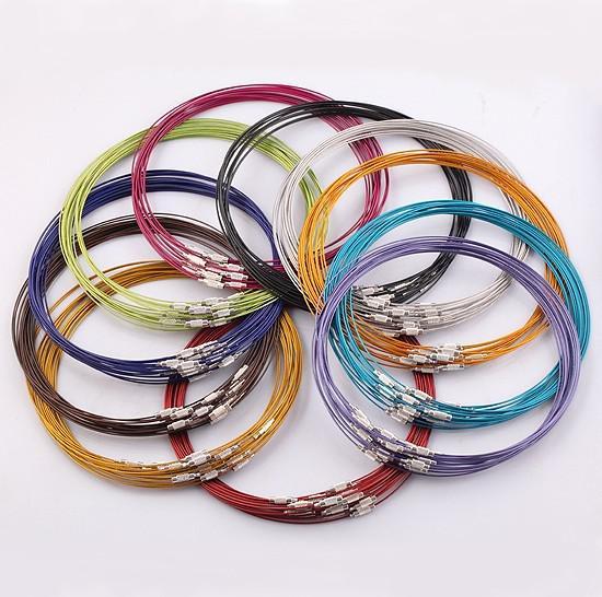 La moda al por mayor mezcló los cordones de cobre del ahogador del collar del alambre de la memoria, corchete de acero del tornillo del collar del cordón de la cadena de 1MM 18 pulgadas