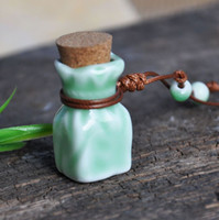 Wholesale Mini Green Glass Bottles - Elegant Green Glaze Essential Oil Bottles Mini Bottles Pendant Necklace 10pcs lot ZH0308