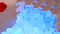 ingrosso pietre per giardini-1Kg Spedizione gratuita Blu Luminoso Pebble In The Dark, blu glow Pebbles Stones, PS luminoso ciottoli per giardino e acquario