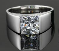 homens anéis reais venda por atacado-New Royal Design Clássico anel de homem de diamante sintético homem de noivado de casamento melhor aniversário para o marido melhor amigo de menino promessa presente