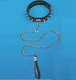 $enCountryForm.capitalKeyWord Canada - New Style BDSM Bondage Gear Fetish Toy Faux Leather Collar with Leash Metal Stud Tack Design Sex Toys black