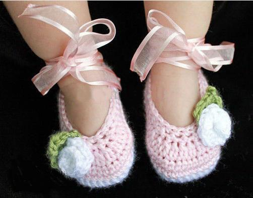 Handmade Crochet Ballet Shoes Baby Booties in White & Dusty Rose Pink Infant Kids first walker shoes cotton yarn