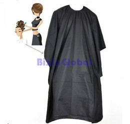 Wholesale Cutting Gown Barbers Cape - Black Soft Pro Salon Barber Wrap Coloring Hairdressing Gown Hair Cut Cape Gown