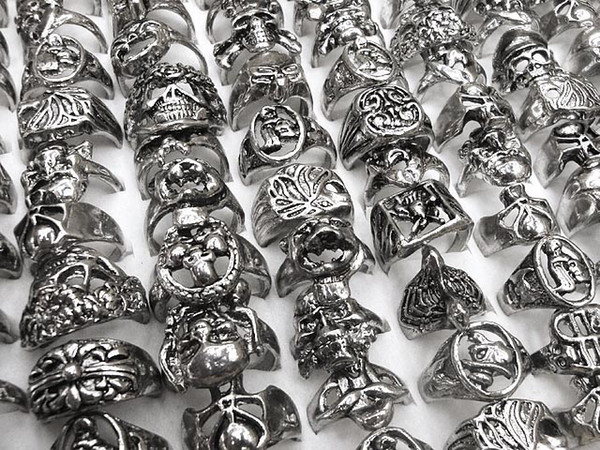 best selling Gothic Skull Carved Biker Mixed Styles lots Men's Anti-Silver Rings Retro New Jewelry r0034