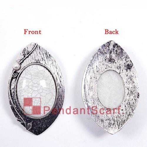 12 UNIDS / LOTE Venta Caliente DIY Joyería Colgante Bufanda Hallazgos Encanto Blanco Resina Oval Bufanda de Metal Accesorios Colgantes, Envío Gratis, AC0266F