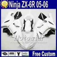 negro blanco 636 al por mayor-Carrocería ABS Carcasa de asiento libre para ZX-6R 05 06 Kawasaki Ninja carenado ZX6R 636 ZX636 blanco negro raza kit de carenados Q76 2005 2006 ZX 6R +7 Regalos