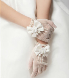 Wholesale Cream Bridal Flowers - Girls Cream Lace Pearl Fishnet Gloves First Communion Wedding Flower Girl Party