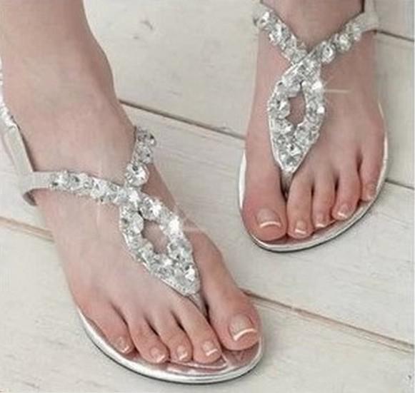 e77dfbd784658f Sexy Women s Crystal Flat Heel Sandals 2014 Summer Beach Flip Flops ...