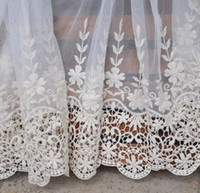 Trimmen Venedig Spitze Stoff Kaufen -Wholesae beige Farbe Vintage Lace Fabric Trim Ecru Venedig Embroideried Floral Tulle Lace Trims 13,77 Zoll breit 4yard / LOT