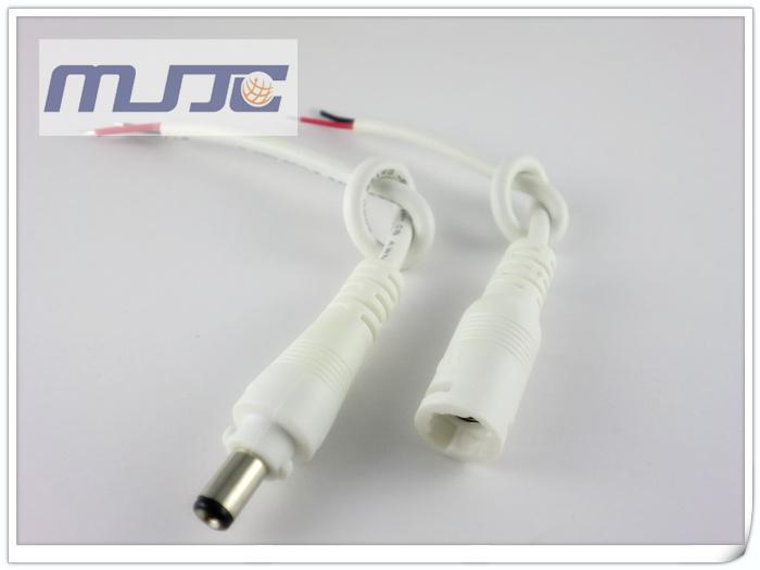 5ペアDC 12V LEDライトを電源に供給します。