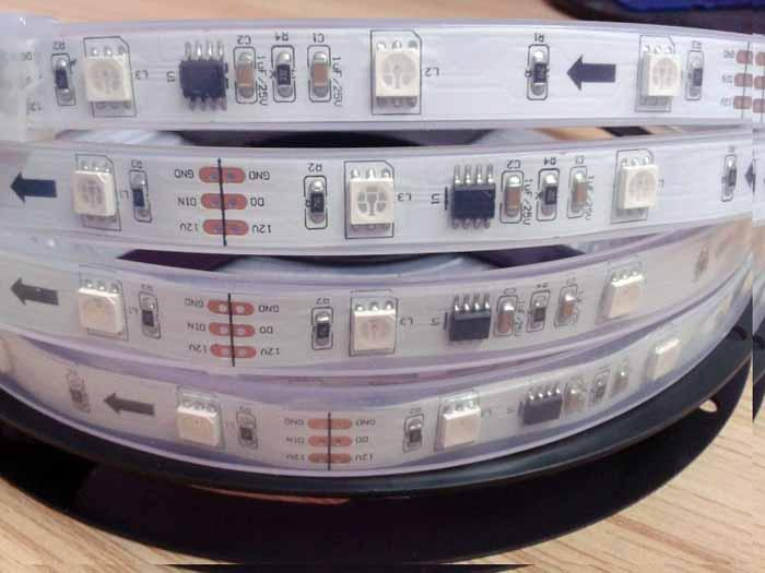5M ماجيك دريم كولور 133 أوضاع لون RGB LED Light Strip WS2811 IC 12V 12V IP67 Silicon Glue Tube Water SMD 5050 150LEDs