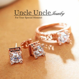 Wholesale Eiffel Earrings - The Eiffel Tower On Your Finger!!! Rose Gold Color Zircon Champs Elysees Kiss Lady Jewelry Set Earrings Ring Wholesale