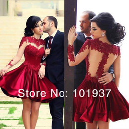 Barato Vestidos De Cetim De Cetim De Manga Comprida-2016 Short Borgonha Formal Homecoming Vestidos Lace Applique Crew Neck Tulle Long Sleeves Cetim A-Line Joelho Comprimento Cocktail Party Vestido BO5361