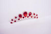ingrosso ornamenti di cristalli-Top Quality Spedizione gratuita Beautiful Queen Crowns Wedding Bridal Diademi Gioielli Red Crystal Hair Ornaments Accessori per capelli DL11300