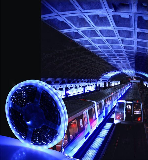 Les lumières bon marché d'éclairage de bande de 10 mètres RVB LED flexible 3528 SMD 60LEDs / M 5M / bobine ne sont pas étanches DC 12V pour le bureau à domicile de chambre à coucher