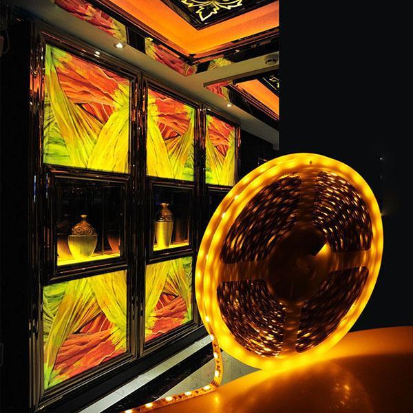 رخيصة 10 متر rgb led قطاع الإضاءة أضواء مرنة 3528 smd 60 المصابيح / m 5 متر / بكرة غير ماء dc 12 فولت لغرفة النوم الرئيسية مكتب عيد
